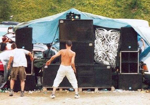 teknival col de larche 2002 (italie) Tek3910