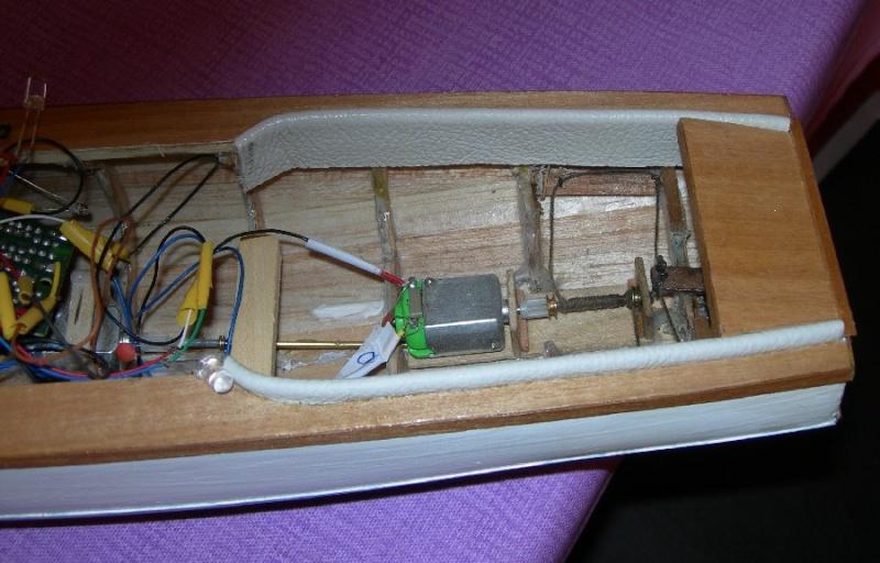 Classic Motor Yacht (lellosauro)  *** TERMINATO! *** 2211