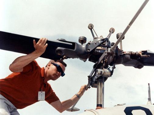 Photos rares et/ou originales, de préférence inédites sur le forum - Page 23 Apollo10
