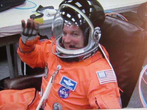 [STS-134] Endeavour: Suivi du lancement ( NET 16.05.2011) Img_4515