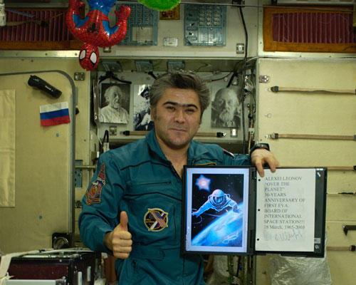 les mascottes de l'espace - Page 2 Salizh10