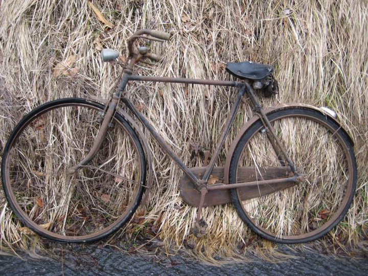 Les vélos 1939-1945 - Page 3 Bici10