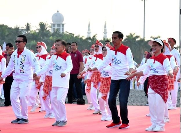 Meer dan 65.000 mensen vestigen dansrecord in Jakarta 145