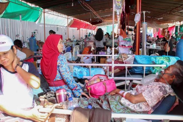 Nieuwe zware aardbeving Lombok 160