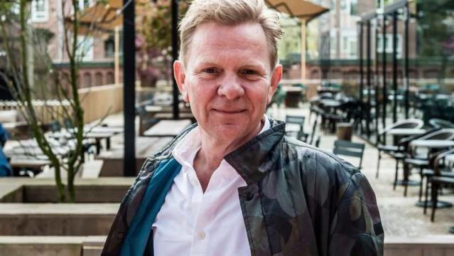 Michiel van Erp maakt serie over Indische Nederlanders 163