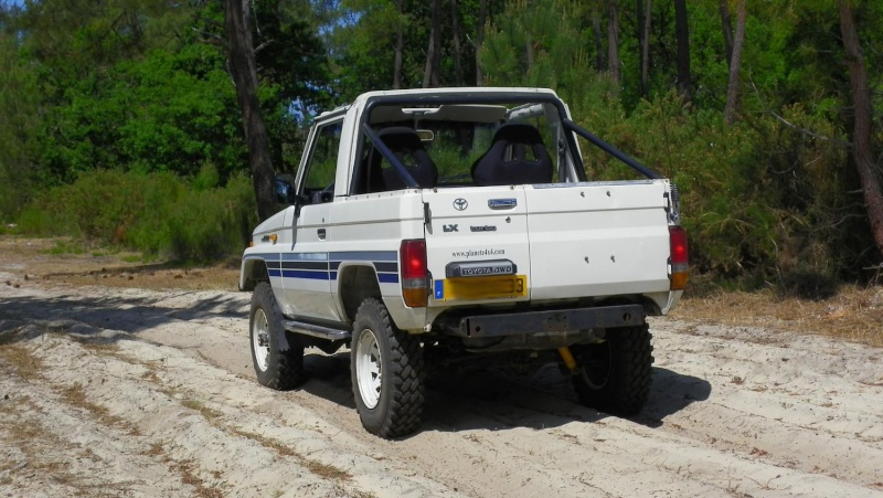 Faire un pick-up sur base d'un LJ70 PH2 tolé 100_1319