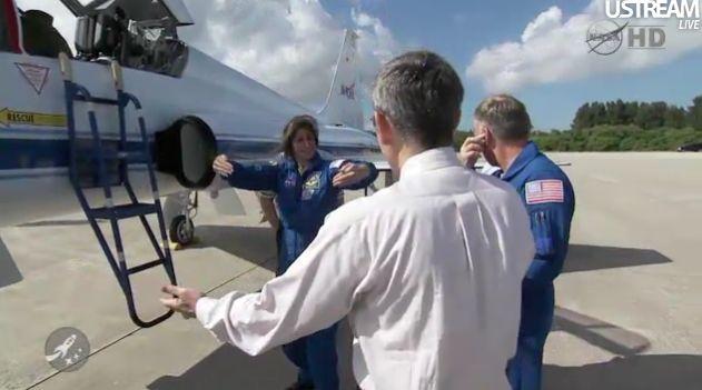[STS-133] Discovery : Préparatifs (Lancement prévu le 24/02/2011) - Page 18 Capt_119