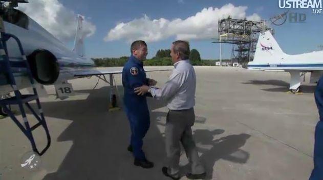 [STS-133] Discovery : Préparatifs (Lancement prévu le 24/02/2011) - Page 18 Capt_122