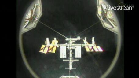 [STS-133] Discovery: Déroulement de la mission. - Page 2 Capt_155