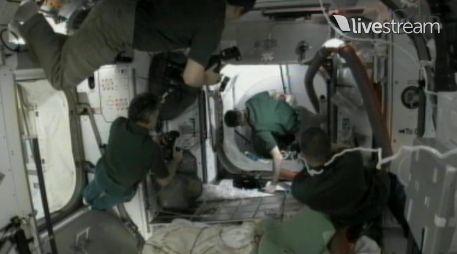 [STS-133] Discovery: Déroulement de la mission. - Page 3 Capt_158