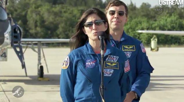 [STS-133] Discovery : Préparatifs (Lancement prévu le 24/02/2011) - Page 15 Captur26