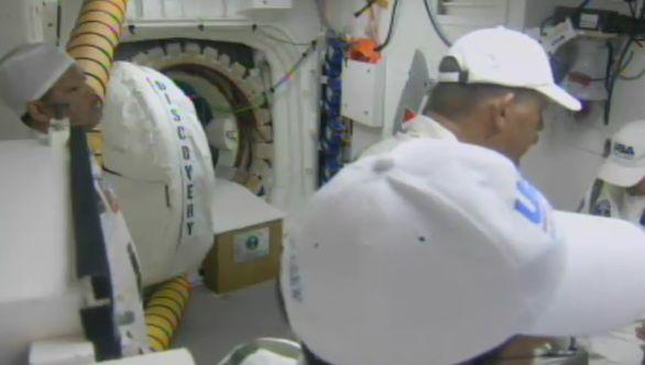 [STS-133] Discovery : Préparatifs (Lancement prévu le 24/02/2011) - Page 16 Captur33