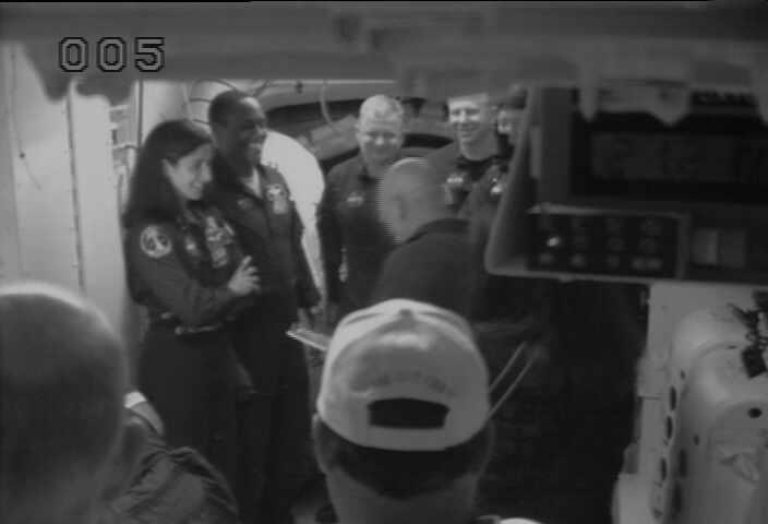 [STS-133] Discovery : Préparatifs (Lancement prévu le 24/02/2011) - Page 16 Chan4l11