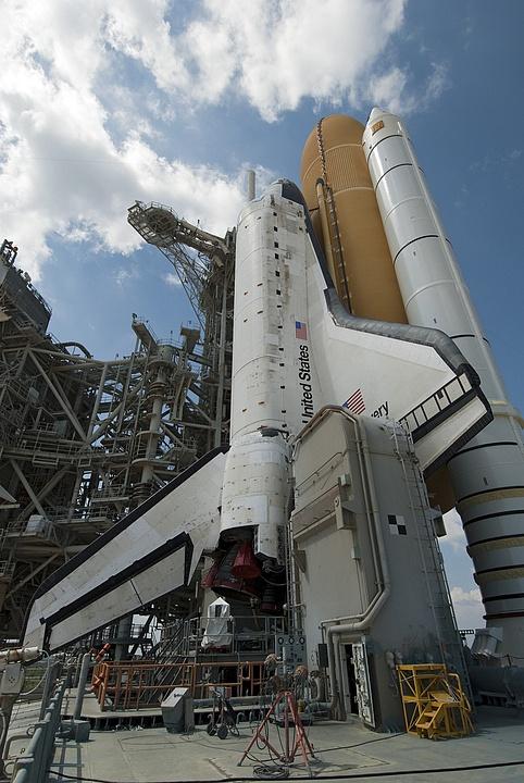 [STS-133] Discovery : Préparatifs (Lancement prévu le 24/02/2011) - Page 13 Sans_101