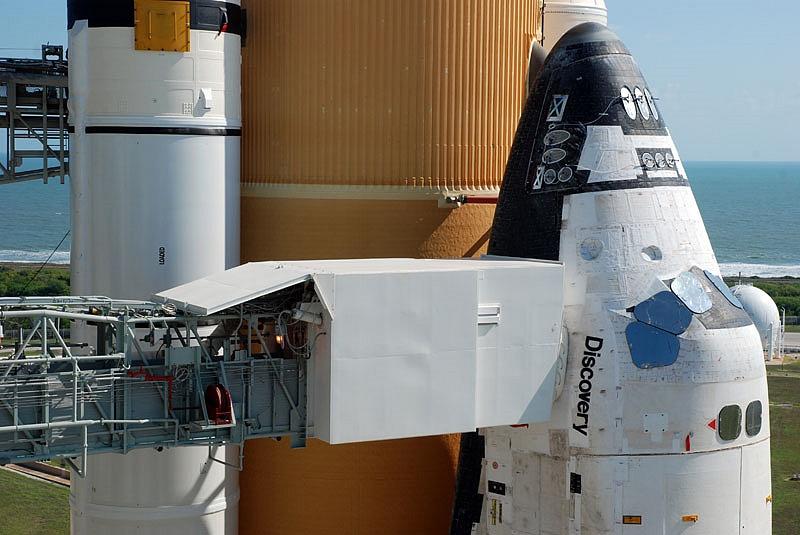 [STS-133] Discovery : Préparatifs (Lancement prévu le 24/02/2011) - Page 13 Sans_108