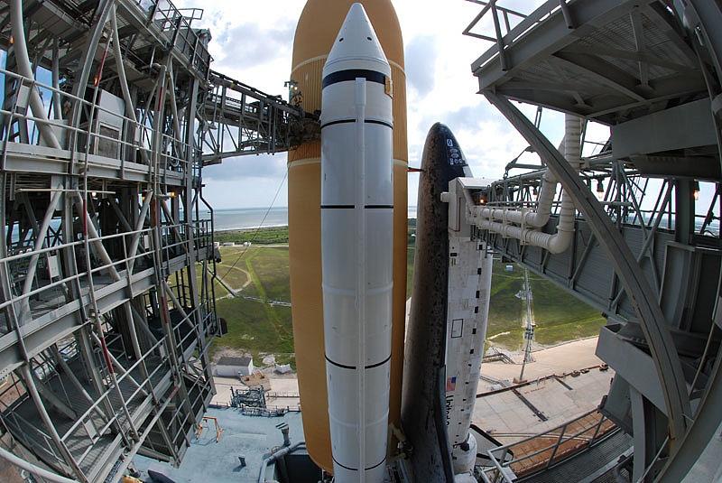 [STS-133] Discovery : Préparatifs (Lancement prévu le 24/02/2011) - Page 13 Sans_110