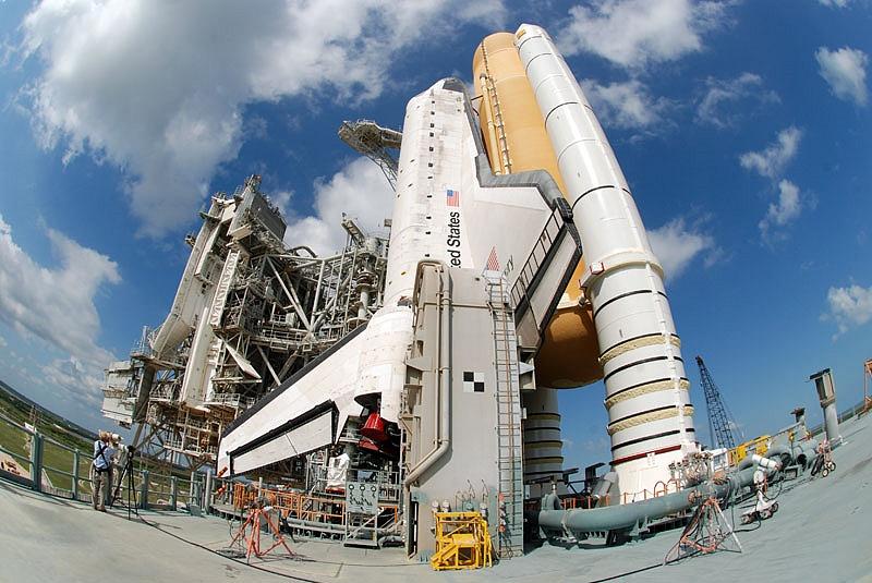 [STS-133] Discovery : Préparatifs (Lancement prévu le 24/02/2011) - Page 13 Sans_112