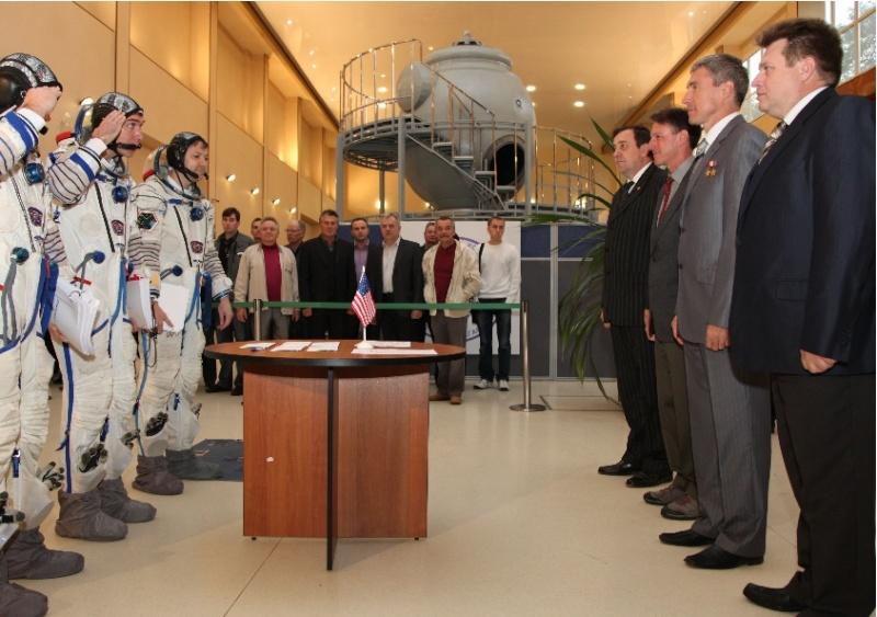 Le vol de Soyouz TMA-M - du 8 octobre 2010 au 16 mars 2011 Sans_128
