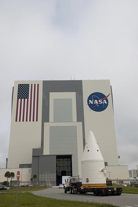 [STS-135] Atlantis:  fil dédié aux préparatifs, lancement prévu pour le 8/07/2011 - Page 2 Sans_152