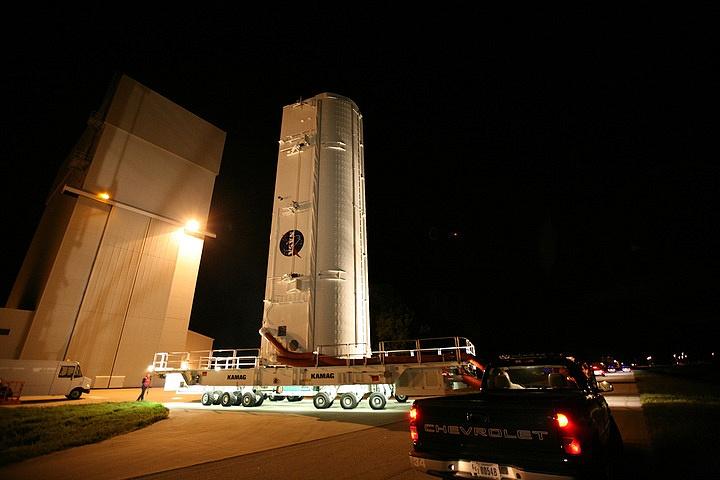 [STS-133] Discovery : Préparatifs (Lancement prévu le 24/02/2011) - Page 15 Sans_232