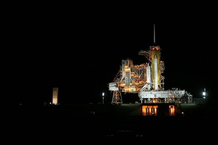 [STS-133] Discovery : Préparatifs (Lancement prévu le 24/02/2011) - Page 15 Sans_233