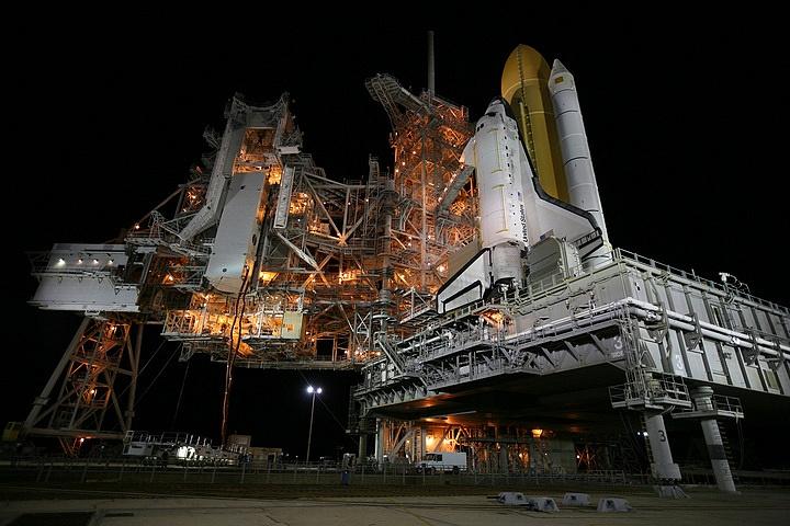 [STS-133] Discovery : Préparatifs (Lancement prévu le 24/02/2011) - Page 15 Sans_236