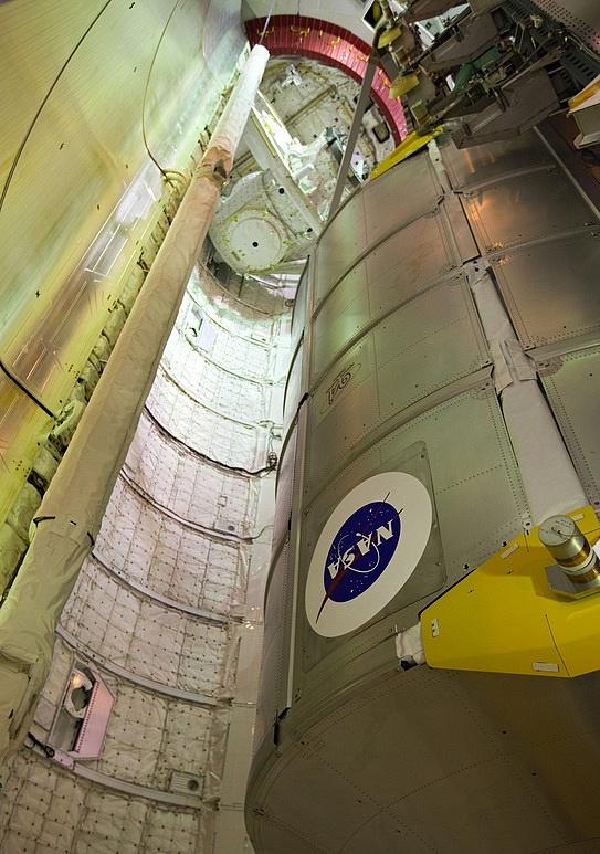 [STS-133] Discovery : Préparatifs (Lancement prévu le 24/02/2011) - Page 15 Sans_251