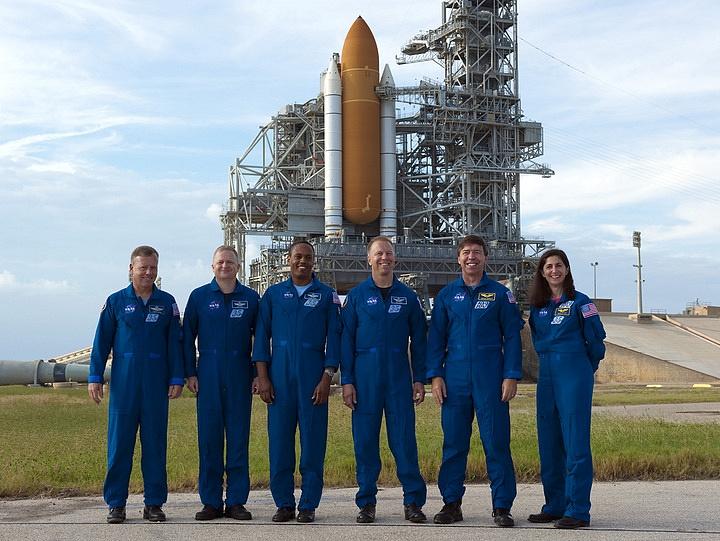 [STS-133] Discovery : Préparatifs (Lancement prévu le 24/02/2011) - Page 16 Sans_287