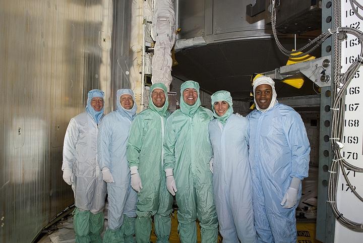 [STS-133] Discovery : Préparatifs (Lancement prévu le 24/02/2011) - Page 16 Sans_311