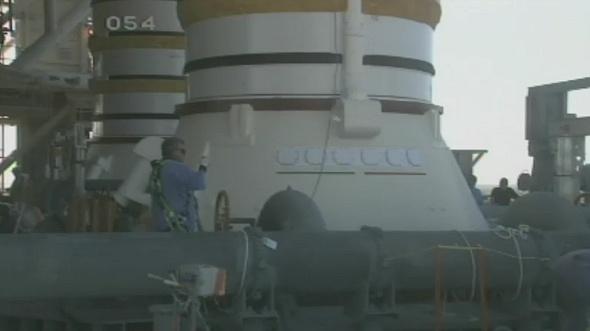 [STS-133] Discovery : Préparatifs (Lancement prévu le 24/02/2011) - Page 18 Sans_338