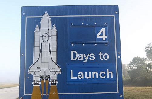 [STS-133] Discovery : Préparatifs (Lancement prévu le 24/02/2011) - Page 18 Sans_346
