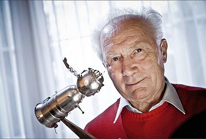 Sigmund Jähn (1937-2019) Sans_372