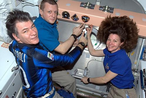 Atterrissage de Soyouz TMA-20 - 23 mai 2011 - Page 2 Sans_459