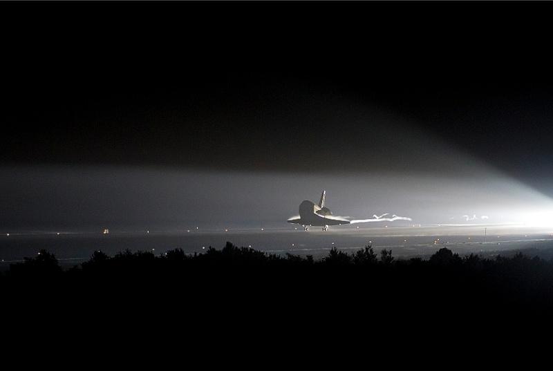 [STS-134]Retour sur Terre - Page 3 Sans_472