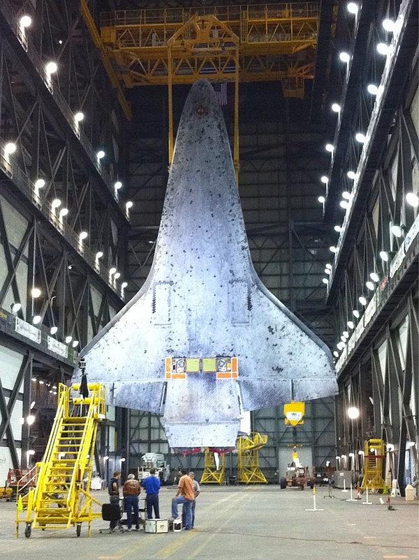 [STS-133] Discovery : Préparatifs (Lancement prévu le 24/02/2011) - Page 12 Sans_t48