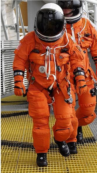 [STS-134] Endeavour : Préparatifs lancement le 29/04/2011 - Page 6 Sans_t71