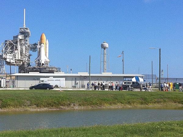 [STS-133] Discovery : Préparatifs (Lancement prévu le 24/02/2011) - Page 13 Sans_t81