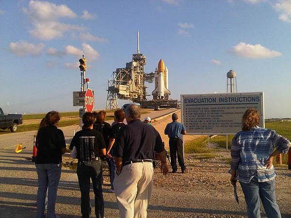 [STS-133] Discovery : Préparatifs (Lancement prévu le 24/02/2011) - Page 13 Sans_t82