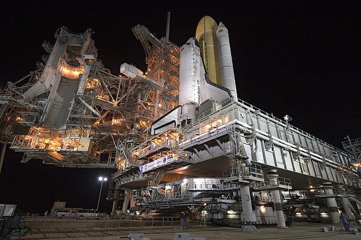 [STS-133] Discovery : Préparatifs (Lancement prévu le 24/02/2011) - Page 13 Sans_t87