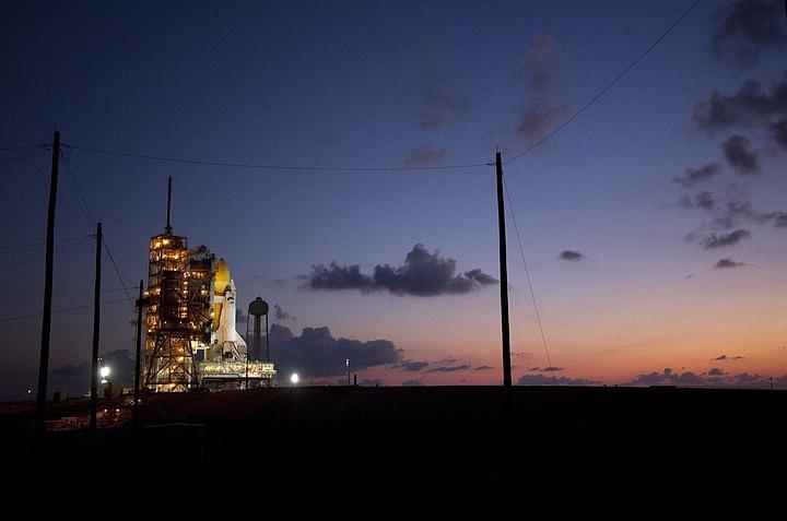[STS-133] Discovery : Préparatifs (Lancement prévu le 24/02/2011) - Page 13 Sans_t88