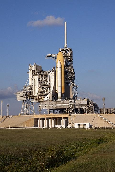 [STS-133] Discovery : Préparatifs (Lancement prévu le 24/02/2011) - Page 13 Sans_t94