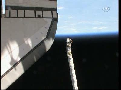 [STS-134] Endeavour: Déroulement de la mission.   - Page 4 Vlcsna97