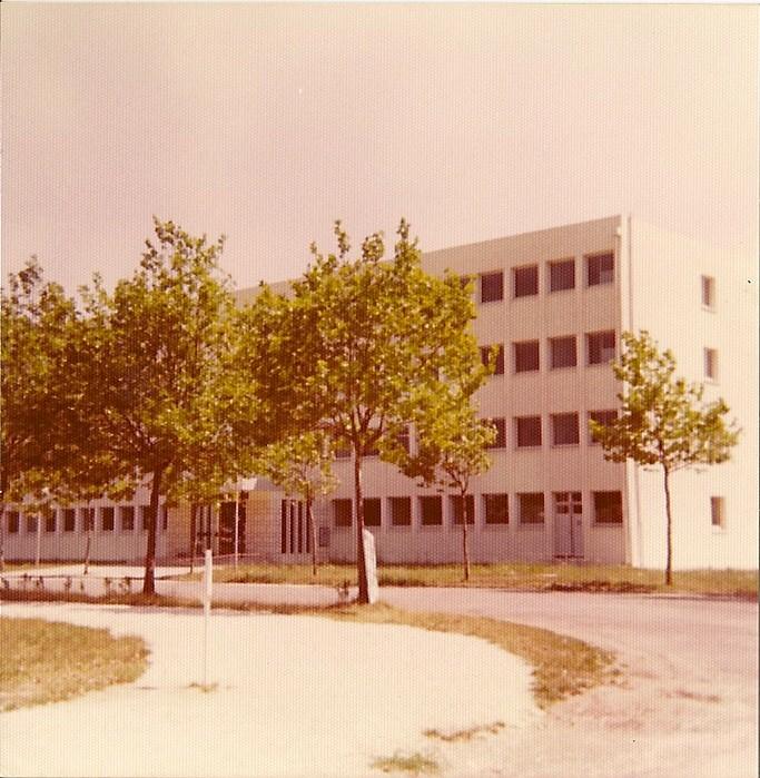 [Divers écoles de spécialités] Caserne Martrou Rochefort - Page 11 Numari18