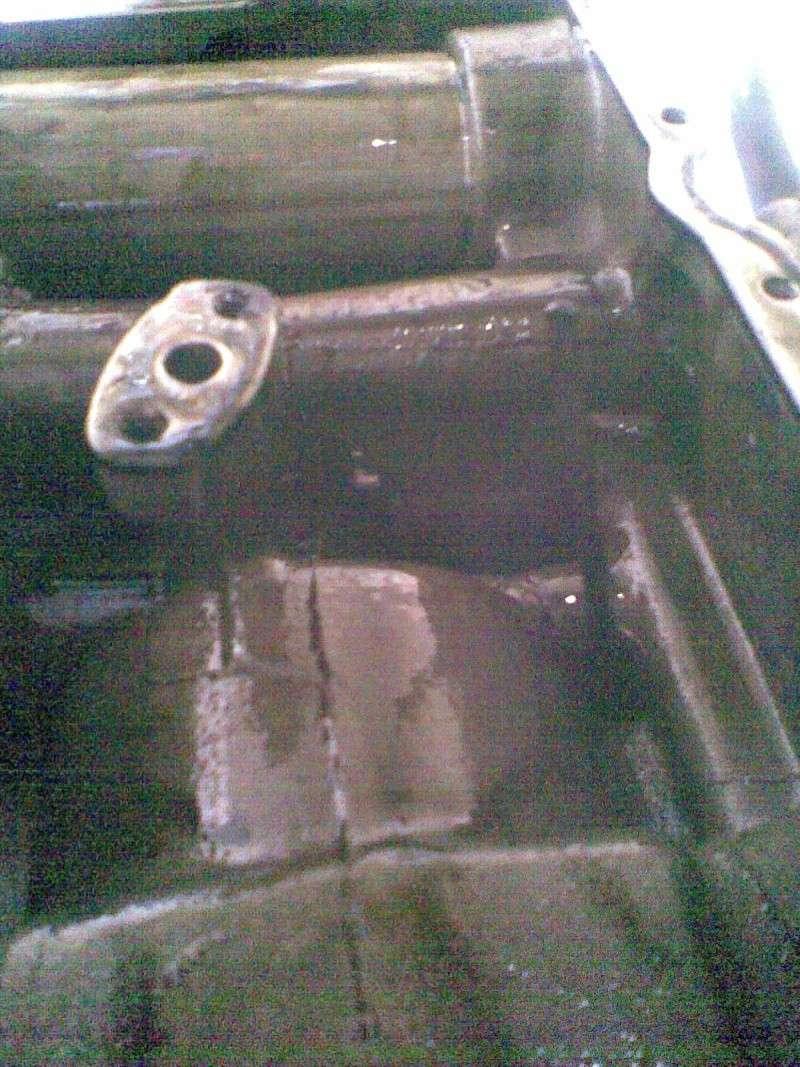 Témoin d'huile qui s'allume à bas régime quand le moteur est à température de fonctionnement - Page 3 Photo039