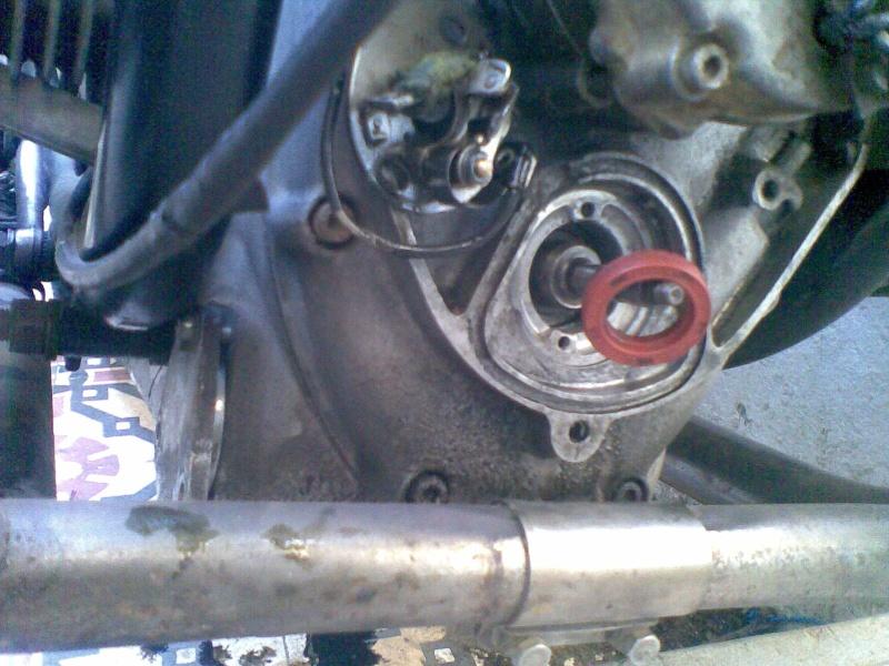 Témoin d'huile qui s'allume à bas régime quand le moteur est à température de fonctionnement - Page 3 Photo040