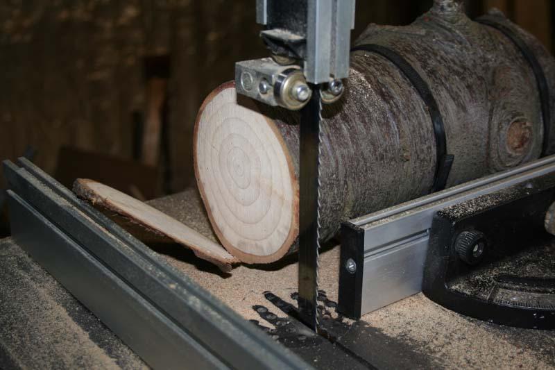Gravure sur bois à la CN 0-210