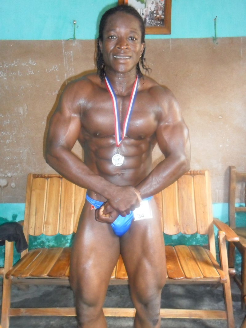 Evra Steve GBOZEKPA (REPUBLIQUE DU BENIN) Sam_0628
