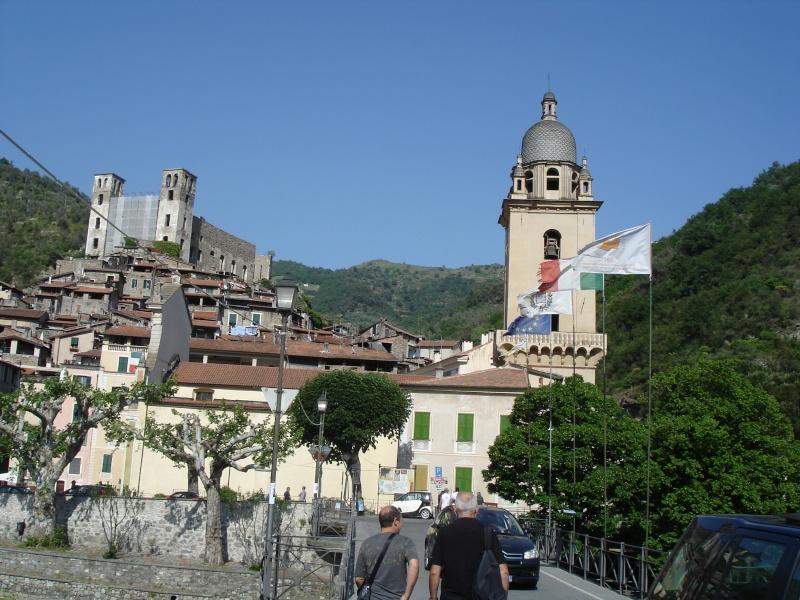 Compte rendu ballade à Dolceacqua (Italie),le 08/05/11 Dolcea10