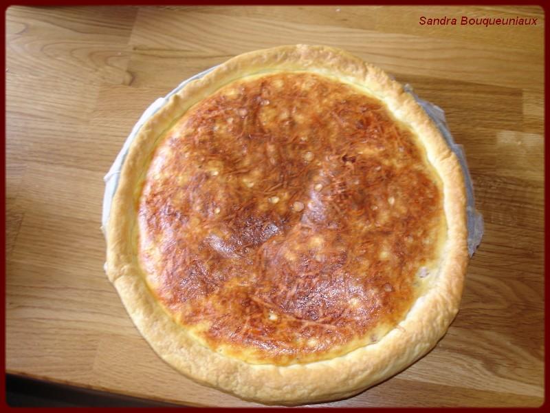 Tarte Salé  au Fromage Blanc lardons et  Gruyère  Dsc05730