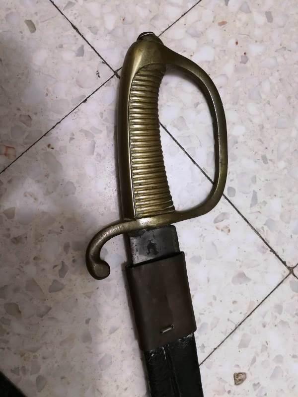 Le sabre du père du grand père de mon meilleur ami Hpjw3210
